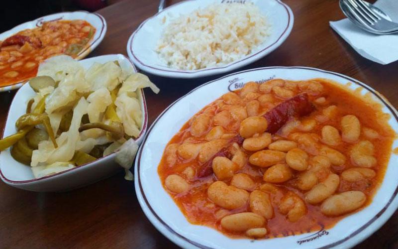 رستوران کورو فاسولیچی ارزینجانلی علی بابا استانبول