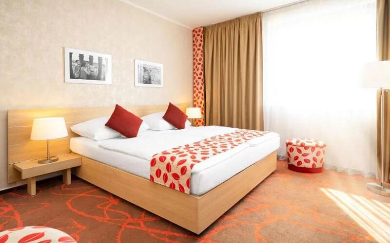 هتل آیریس ایدن پراگ