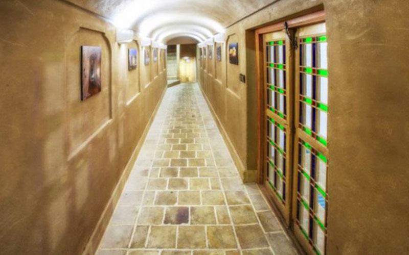 هتل حاج ملک میبد