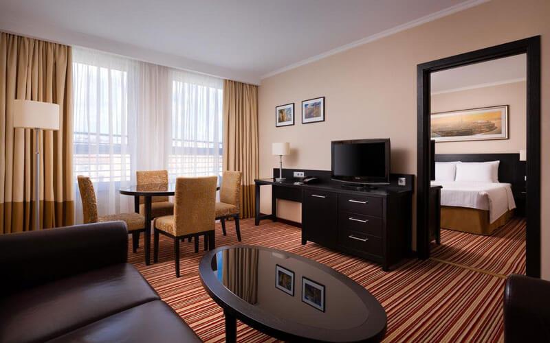 هتل Courtyard by Marriott St Petersburg Center