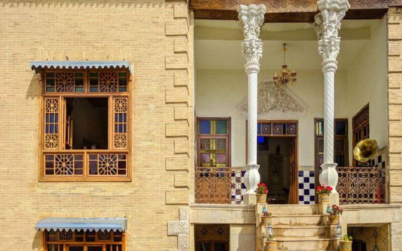 اقامتگاه بوم گردی سی راه شیراز