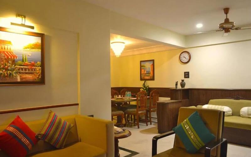 هتل آپارتمان امرالد بمبئی