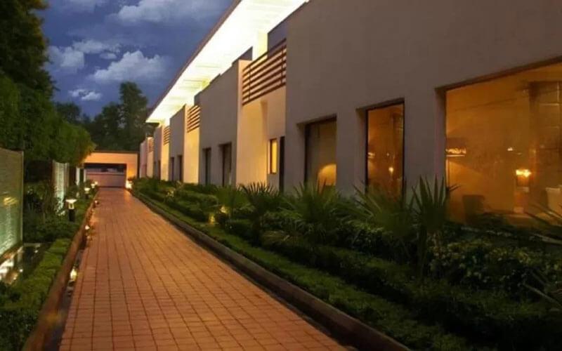 هتل The Ocean Pearl Gardenia New Delhi
