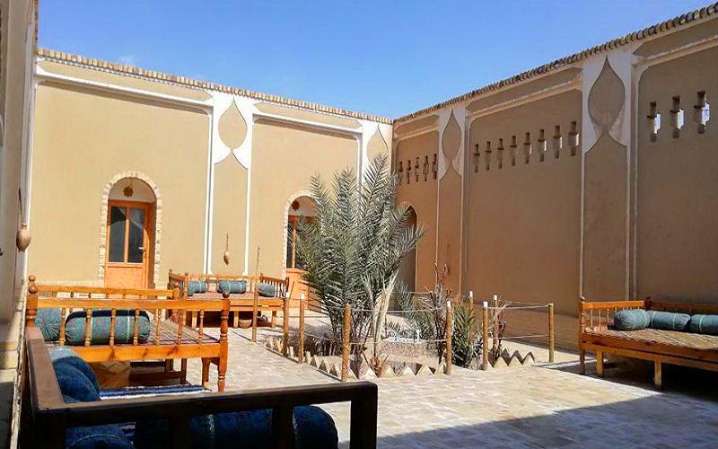 اقامتگاه بومگردی کاروان کویر مصر