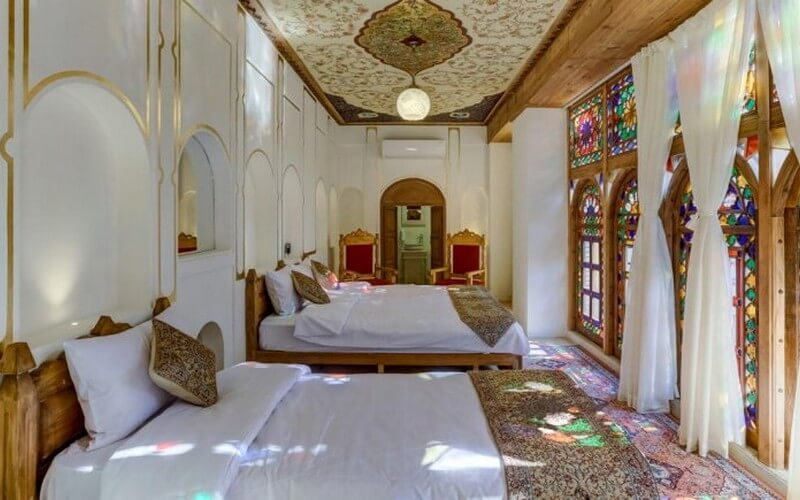 اقامتگاه سنتی ایران مهر شیراز