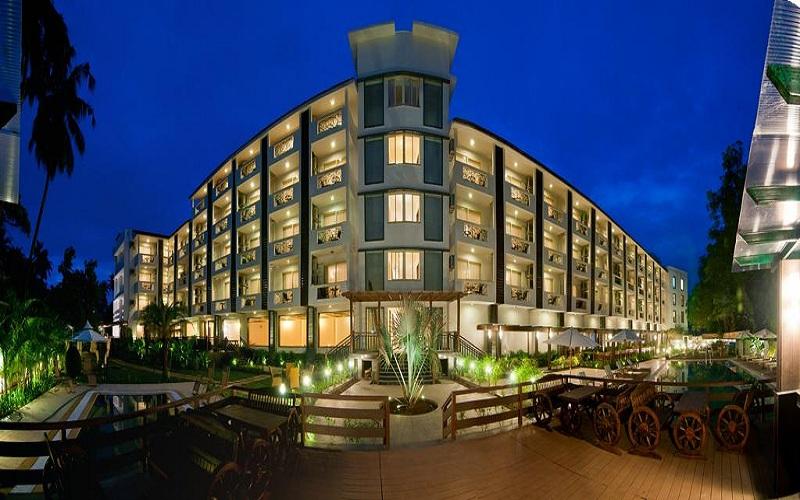 هتل ناگوا گرند گوا