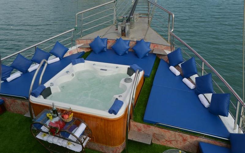 هتل Oasis Bay Classic Cruises Ha long