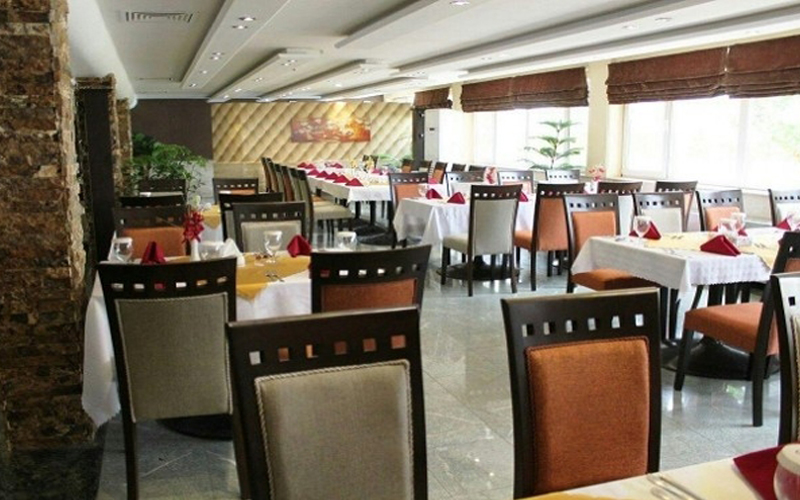 هتل پارسیان آزادی آبادان