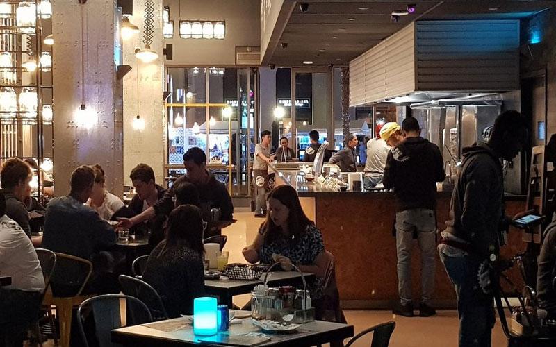 رستوران اپریشن فلافل دبی