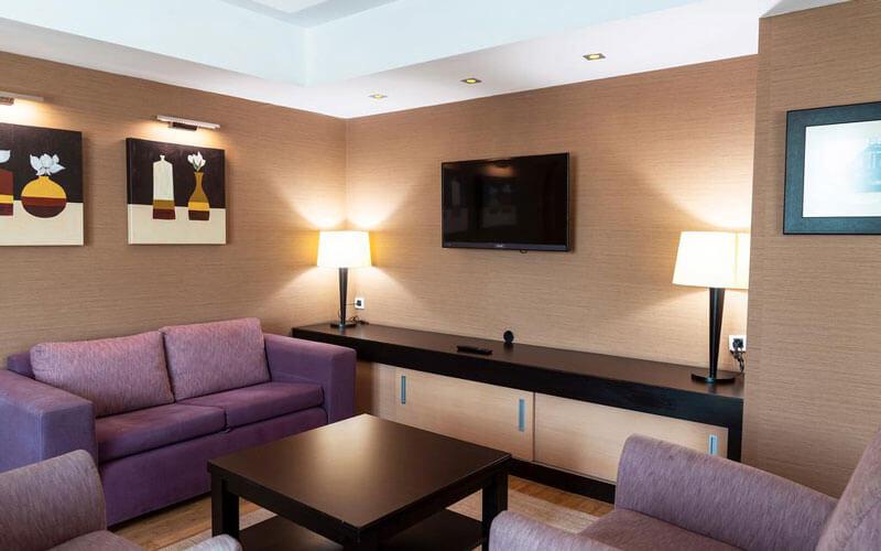 هتل Ramada Plaza By Wyndham City Center Istabnul