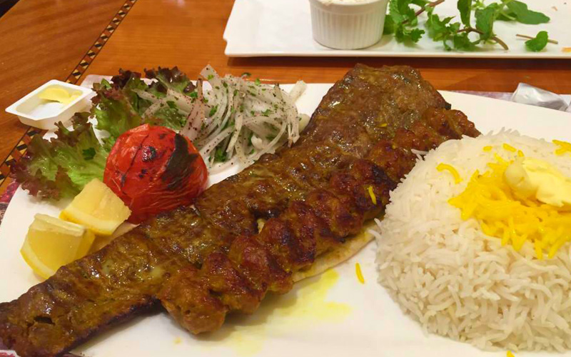 رستوران نون و کباب دبی
