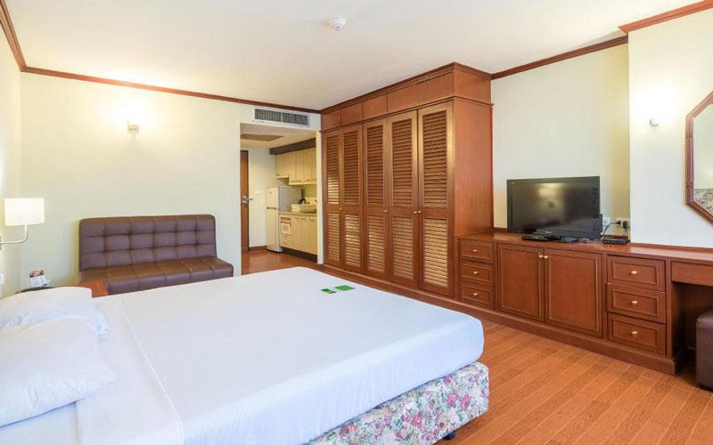 هتل Omni Tower Sukhumvit Nana by Compass Hospitality Bangkok