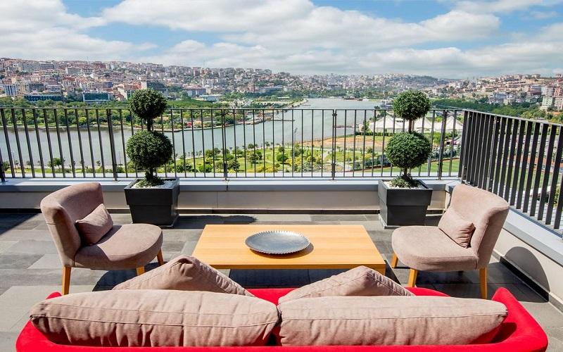 هتل هیلتون گاردن این استانبول
