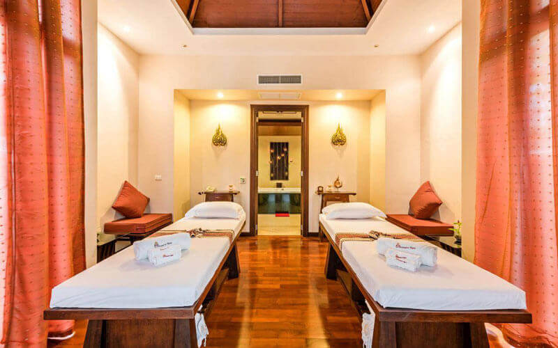 هتل Duangjitt Resort and Spa Phuket