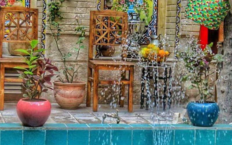 اقامتگاه بوم گردی ماه سلطان شیراز