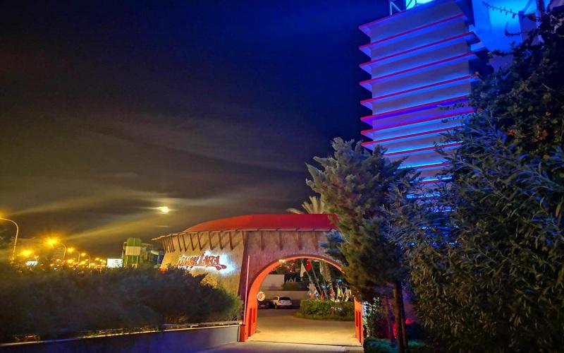 هتل لیماک لارا دلوکس آنتالیا