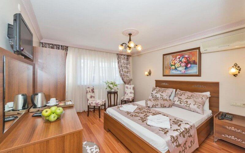 هتل Turgut Hotel Istanbul